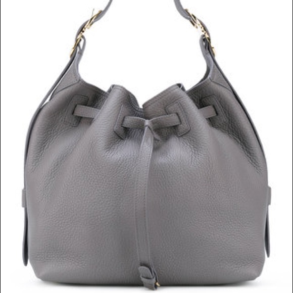 NWT Salvatore Carla drawstring bucket bag. Boutique. Salvatore Ferragamo 266363d2ba54e